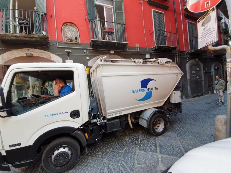 Salerno, pugno duro contro gli incivili: le nuove regole e sanzioni