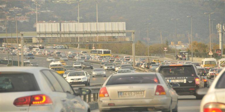 Salerno, incidente sulla tangenziale: coinvolte tre auto