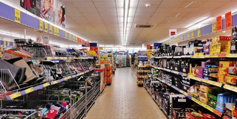 San Cipriano Picentino, contatti con un positivo: chiuso un supermercato