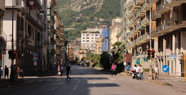 """Salerno, Birreria """"chiusa fino al prossimo dpcm"""" nel cuore del centro storico"""
