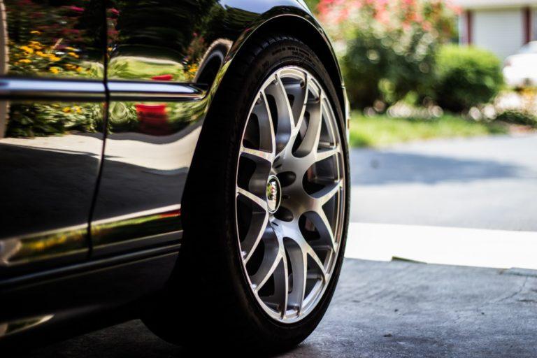 Battipaglia, gare clandestine di auto: situazione fuori controllo