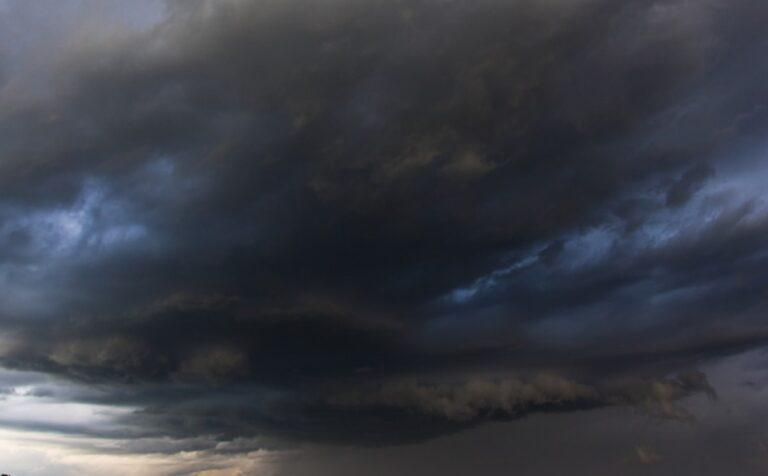 Scafati: stazione allagata, disagi per il forte maltempo