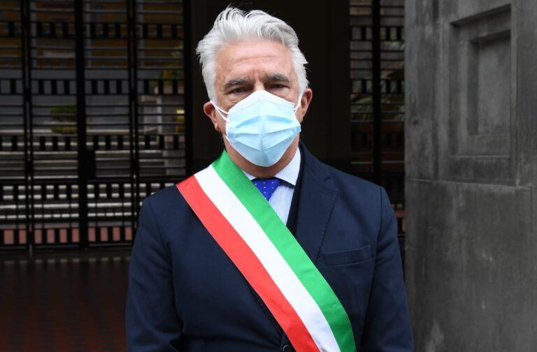 """Salerno, crollo dei contagi Covid. Il sindaco Napoli: """"Incidenza virus a 0.60"""""""