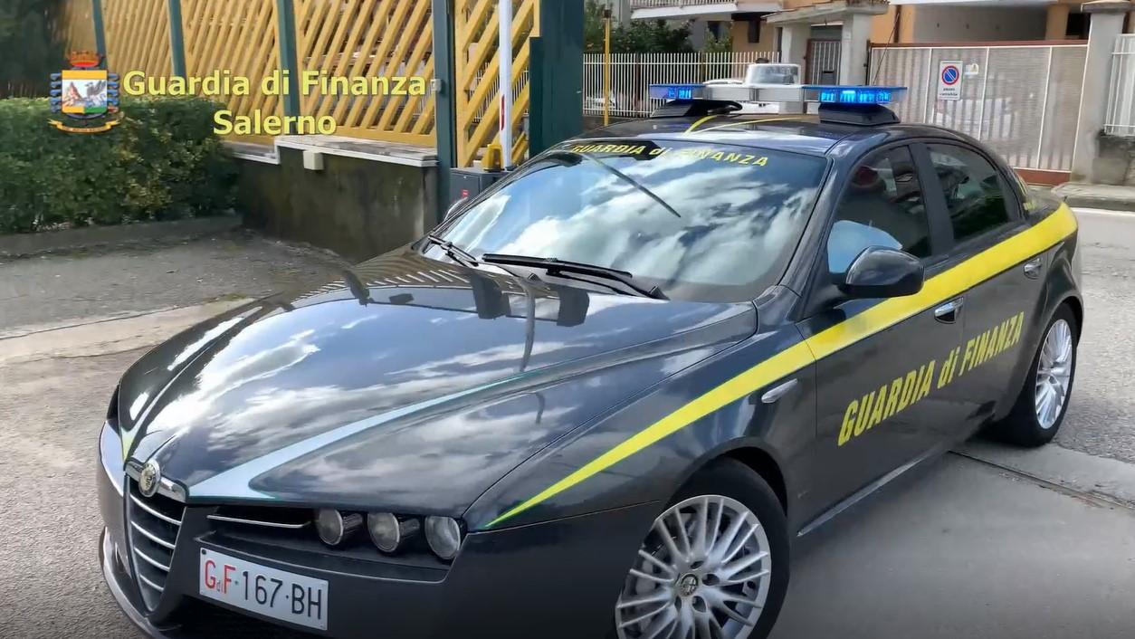 """Eboli, fondi gestiti irregolarmente: la GdF """"punta"""" 22 funzionari del  Comune - Zerottonove.it"""