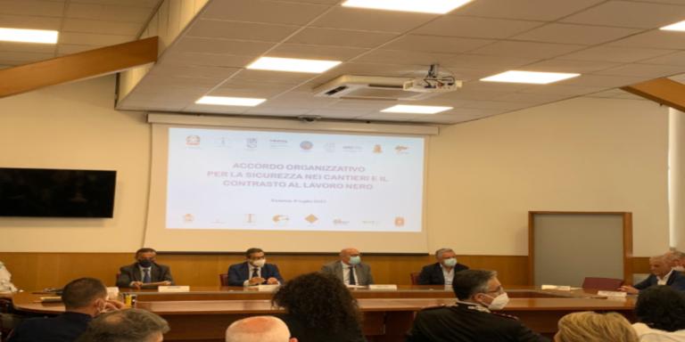 Salerno, sicurezza nei cantieri: siglato l'accordo in Prefettura