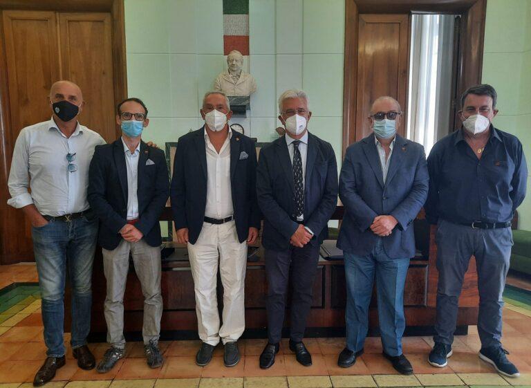 Salerno, il Sindaco incontra l'associazione Salernitani DOC