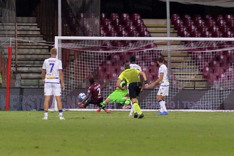 Salernitana-Verona 2-2, pari di rimonta: primo punto in Serie A