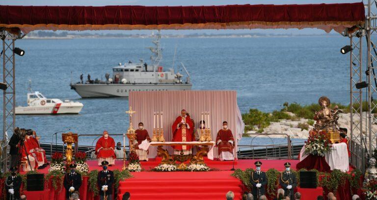 Salerno scende in piazza per celebrare San Matteo