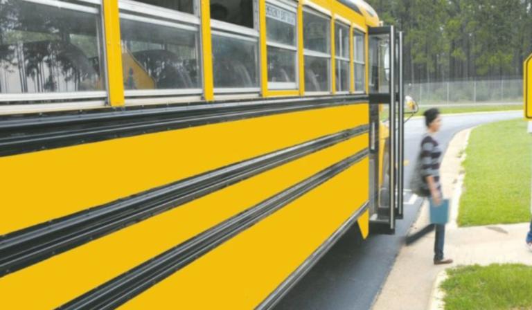 Mercato San Severino, 45 bambini in quarantena: positiva addetta sorveglianza scuolabus