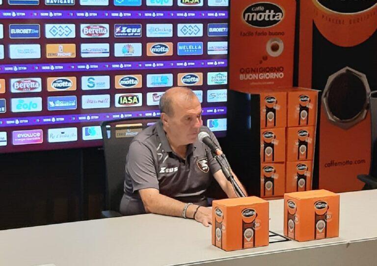 """Salernitana, Castori avverte: """"Con lo Spezia sarà una battaglia"""""""